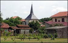 Nous nous trouvons dans le village Landais de Saint-Paul-en-Born. Nous sommes donc en région ...