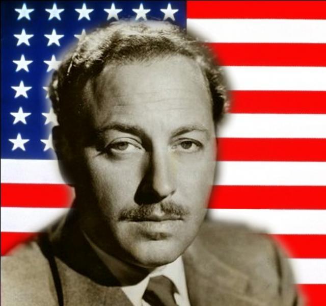 Né à Colombus au Mississippi , bon nombre de ses oeuvres comme  Un tramway nommé Désir , furent adaptées au cinéma...