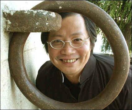 Quel écrivain français est associé à la petite tailleuse chinoise dans le titre d'un roman de Dai Sijie ?