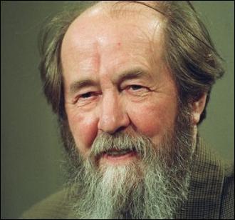 En quelle année l'écrivain russe Alexandre Soljenitsyne a-t-il reçu le prix Nobel de littérature ?