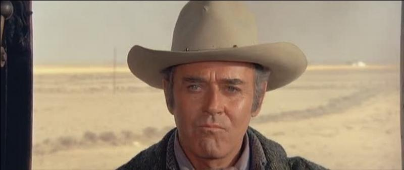 Jack Beauregard veut quitter son pays, mais un inconnu aux yeux clairs ne le veut pas... Tant que Jack ne rentre pas dans l'histoire. A vous de trouver ce film !
