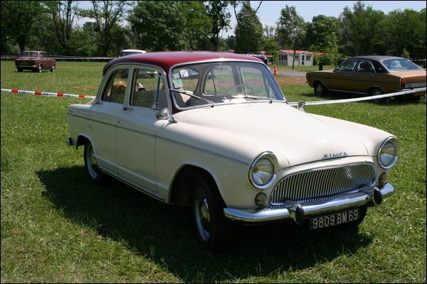 Et cette Simca, c'est une...