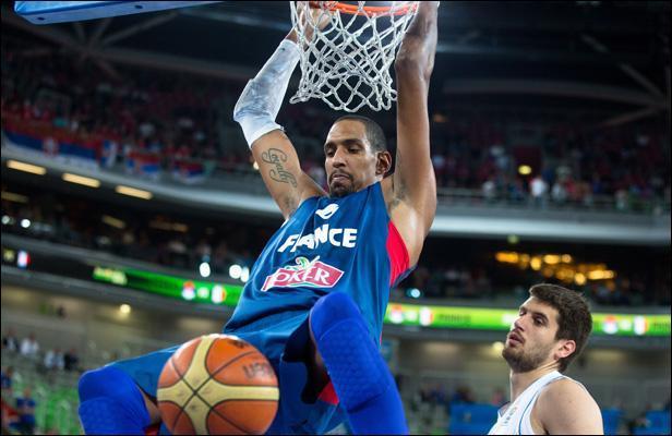 Un célèbre pivot de l'équipe de France :