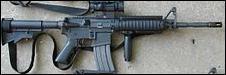 Combien de balles peut contenir le chargeur d'un M4 ?