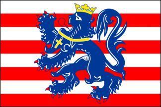 Quel drapeau appartient ce chef-lieu de la province de Flandre-Occidentale?