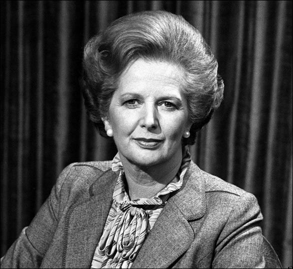 Est-ce que  Margaret Thatcher , la  Dame de fer , est toujours de ce monde (16 décembre 2013) ?
