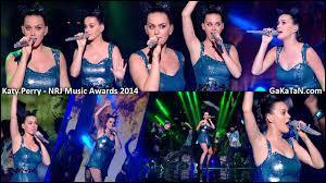 Quel membre des One Direction a fait un câlin à Katy Perry ?