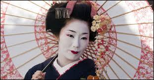 Les geishas sont :