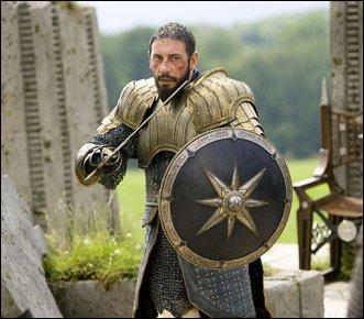 Qui se bat contre l'oncle de Caspian ?