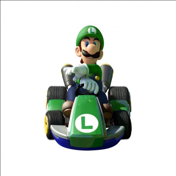 Il est aussi très connu. Il est habillé de vert le plus souvent. Qui est-ce ?