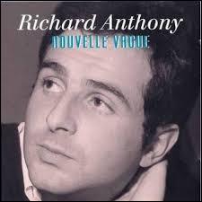 De quelle chanson ''Écoute dans le vent'' de Richard Anthony était-elle une adaptation en français ?