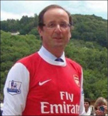 Avec quelle équipe de football anglaise joue-t-il ?