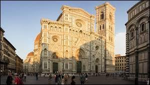 De quelle région d'Italie la belle ville de Florence (Firenze en italien) est-elle la capitale ?