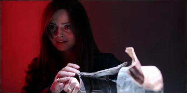 À qui appartenait le bracelet que Clara a utilisé ?