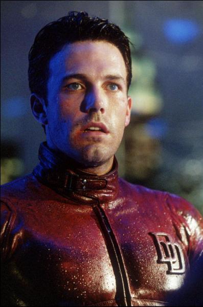 Quelle est la particularité du super héros Daredevil ?