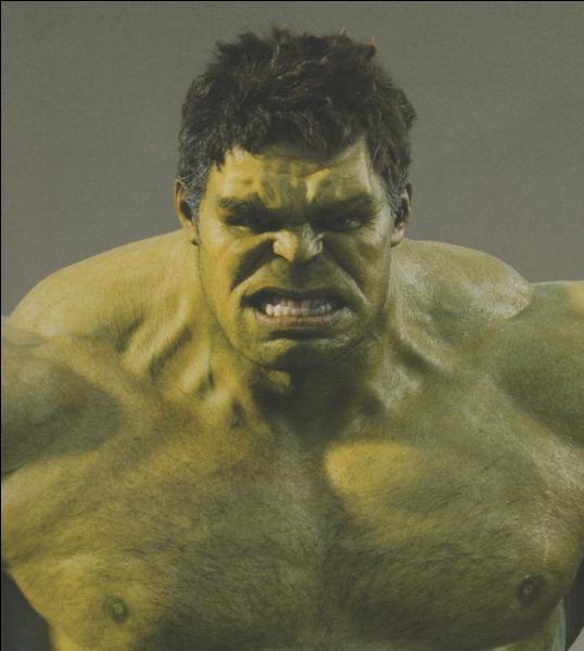 A cause de quel genre de rayons Bruce Banner est-il contraint de se transformer en Hulk ?