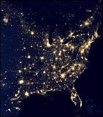 Que peut-on apercevoir sur cette image satellite ?