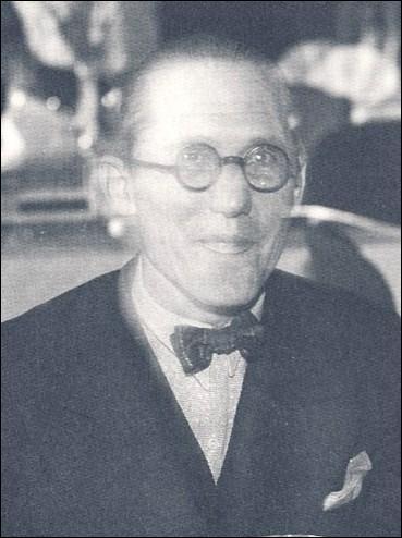 Le Corbusier s'est illustré dans un art. Lequel ?
