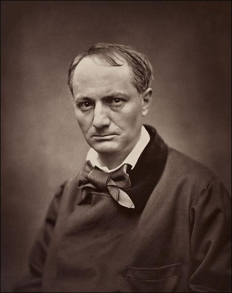 Charles Baudelaire, dont une des œuvres les plus connues est  Les Fleurs du mal , est l'auteur :