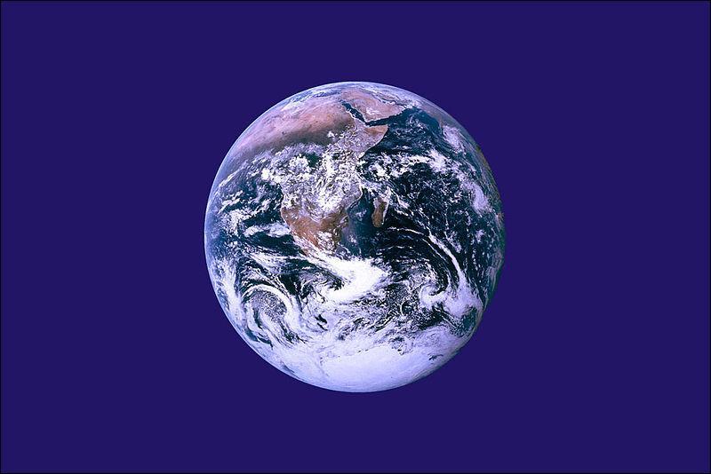 Qui a écrit  Voyage au centre de la Terre  ?