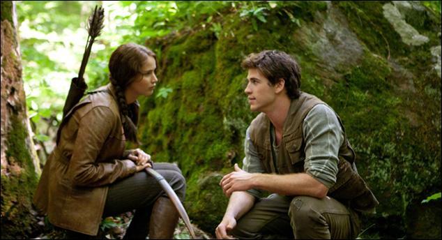 Dans le livre, où Gale embrasse-t-il Katniss ?