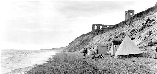 Alors qu'il s'agissait de l'un des plus importants ports de Grande-Bretagne, la ville médiévale de Dunwich a disparu au XIIIème siècle. Pourquoi ?