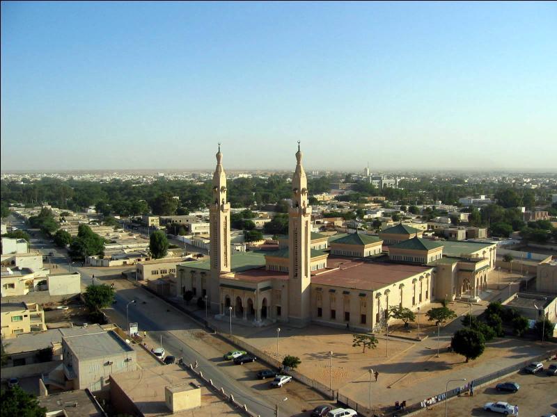 La Mauritanie est-elle bordée par la mer Méditerranée ?