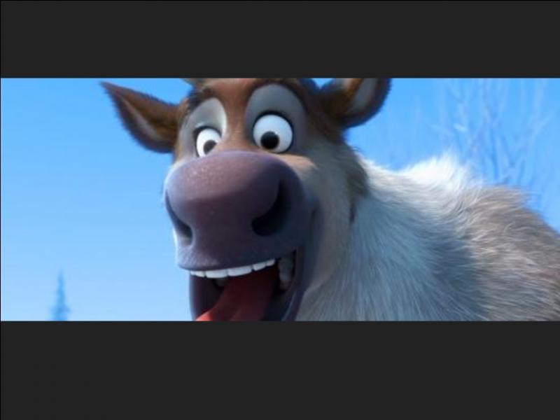 Par qui a-t-il été élevé ? Comment s'appelle son renne ?