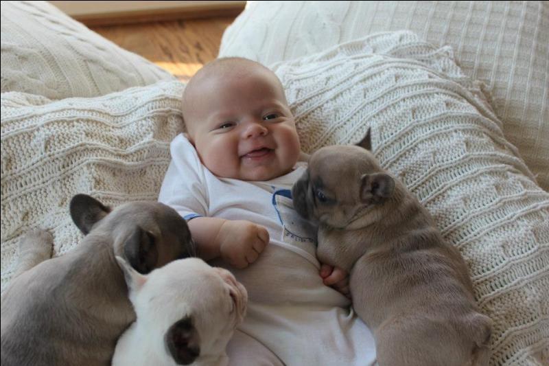 Le plus gros bébé du monde pesait plus de 14 kilogrammes !