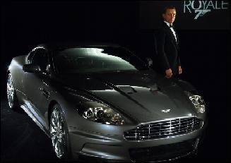 Quel auto conduit Bond dans Tuer n'est pas jouer ?