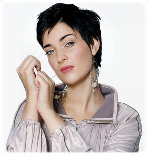 Qui est cette belle chanteuse ?