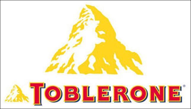Quel animal voit-on apparaître sur la montagne qui se trouve derrière le nom de la marque ?