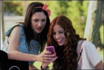 Qui sont ces deux filles pour Violetta ?