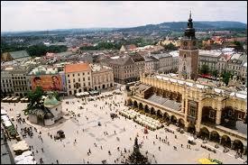 Dans quel pays est la ville de Cracovie ?