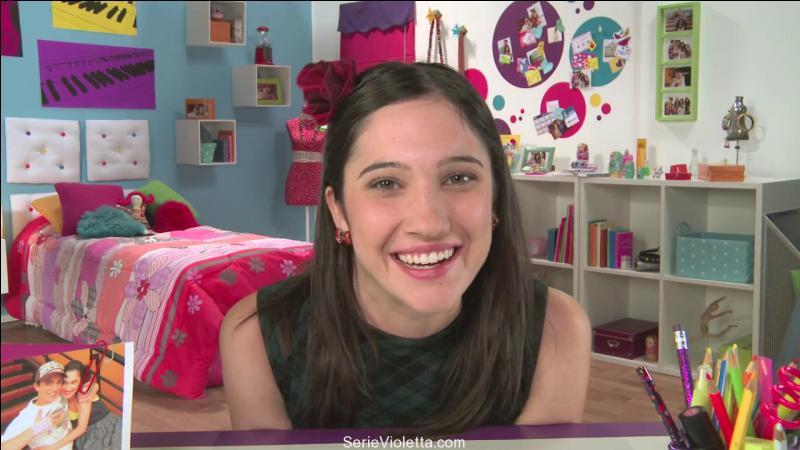 Sur YouTube, elle a un blog; mais quel est son nom ?