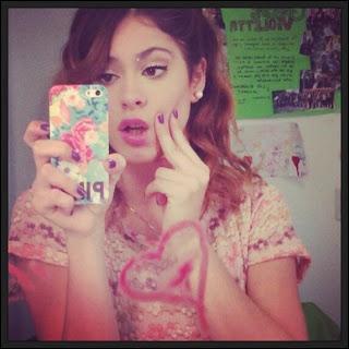 Qui Camila a-t-elle embrassé ?