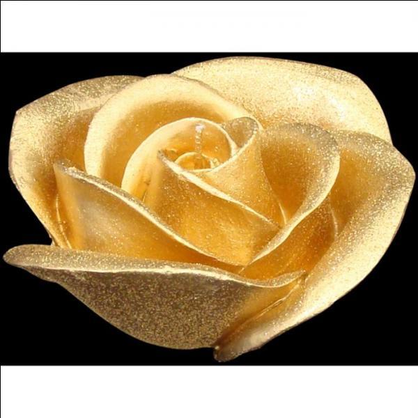 De quelle couleur est la cinquième rose ?
