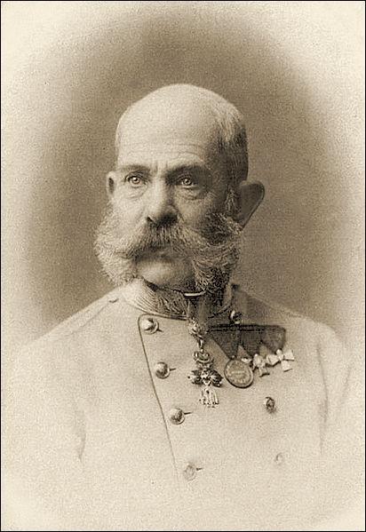 Empereur de 1848 à 1916, il est l'époux d'Elisabeth, incarnée par Romy Schneider dans la trilogie des « Sissi »
