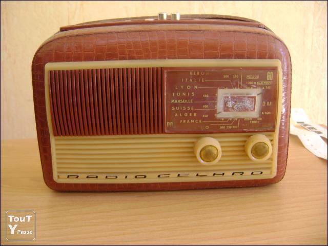 1er janvier 1955 à 6h30 : première émission d'une nouvelle radio nationale privée créée par Michelson et Merlin. C'était :