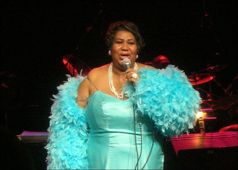 En ce qui concerne la  Queen of Soul , je vous demande de lui témoigner tout le  Respect  qui lui est dû !