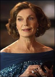 Interprétée par Susan Sullivan, elle est la mère du héros mais qui est-ce ?