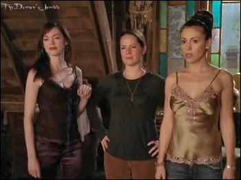Quel épisode marque un record de longévité qui fait de Charmed la plus longue série américaine ayant des femmes pour héroïnes principales ?