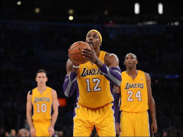 Au basket-ball, quel est le nom de cette pénalité accordée à un joueur victime d'une faute au moment où il tirait ?