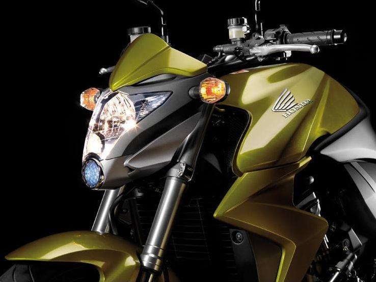 Incollables en motos ?