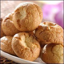Le ------ de Reims est un biscuit semi-frais, qui se distingue du macaron par sa forme avec un trou en forme de cône au centre. Riche en poudre d'amandes (54%), et jolie idée gourmande.