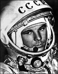 Pilote de l'armée de l'air soviétique, ------ fut le premier homme expédié dans l'espace.