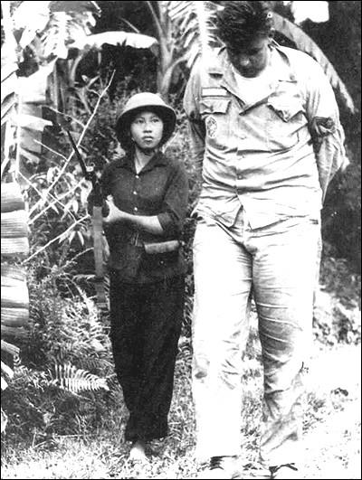 Pilote fait prisonnier durant la guerre du Vietnam, il passera 2 ans dans les geôles communistes :