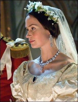 J'ai interprété la reine Victoria. Qui suis-je ?