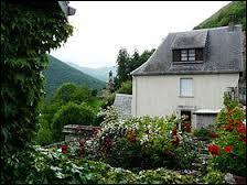Une petite visite de Cazaril-Laspenès, située ...