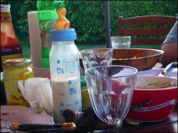 Comment se prénomme la dernière enfant de Monsieur et Madame Zetofrais, qui ne détestent pas boire un verre sous la tonnelle ?